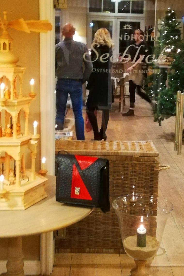 EMG-Tasche am 2. Weihnachtstag 2019 im Hotel-Restaurant Seeblick in Heikendorf